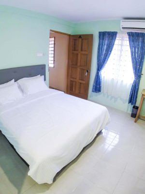 Deluxe Room - 1 Double Bed - View 1