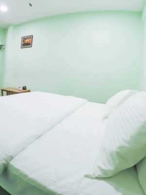 Deluxe Room - 1 Double Bed - View 2